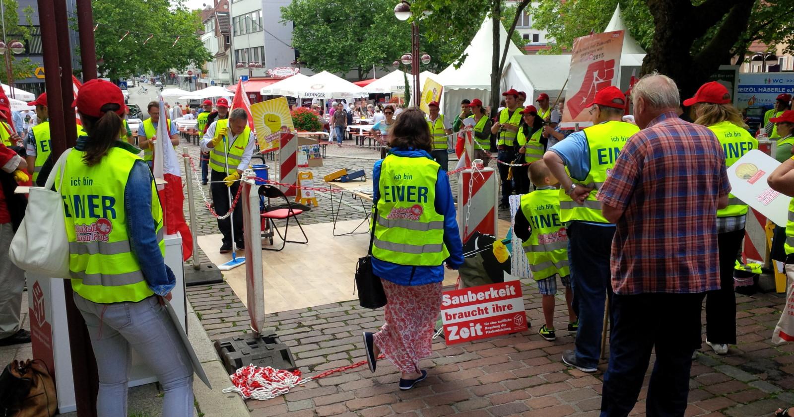 Reinigungs-Parcours und Solidarität - Aktionstag in Baden-Württemberg.