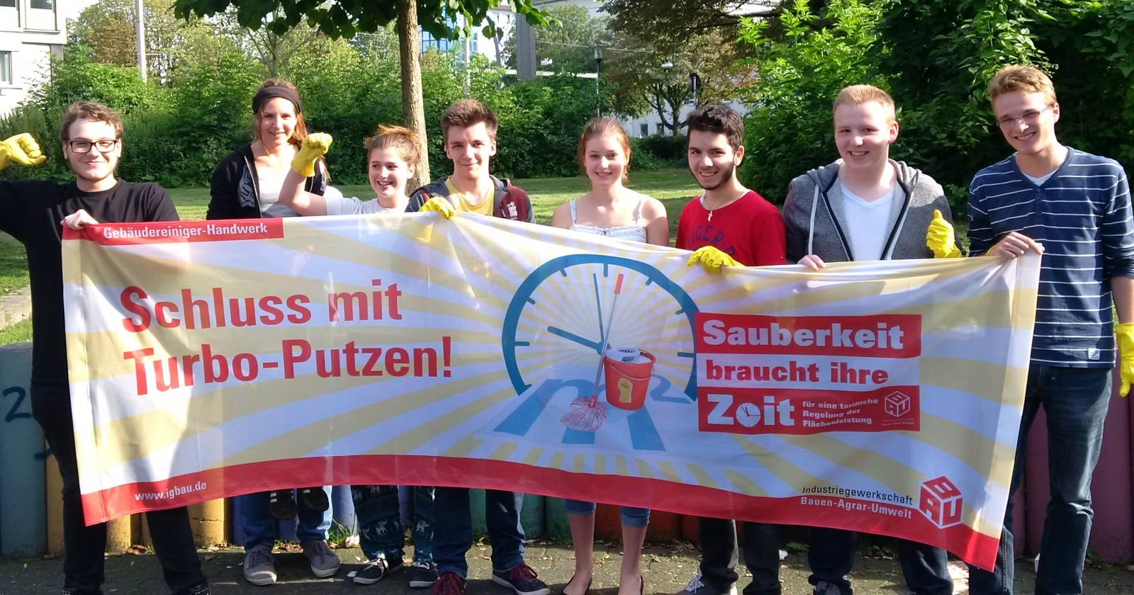 """BezirksschülerInnenvertretung Dortmund: """"Solidarität mit den Gebäudereinigungskräften"""""""
