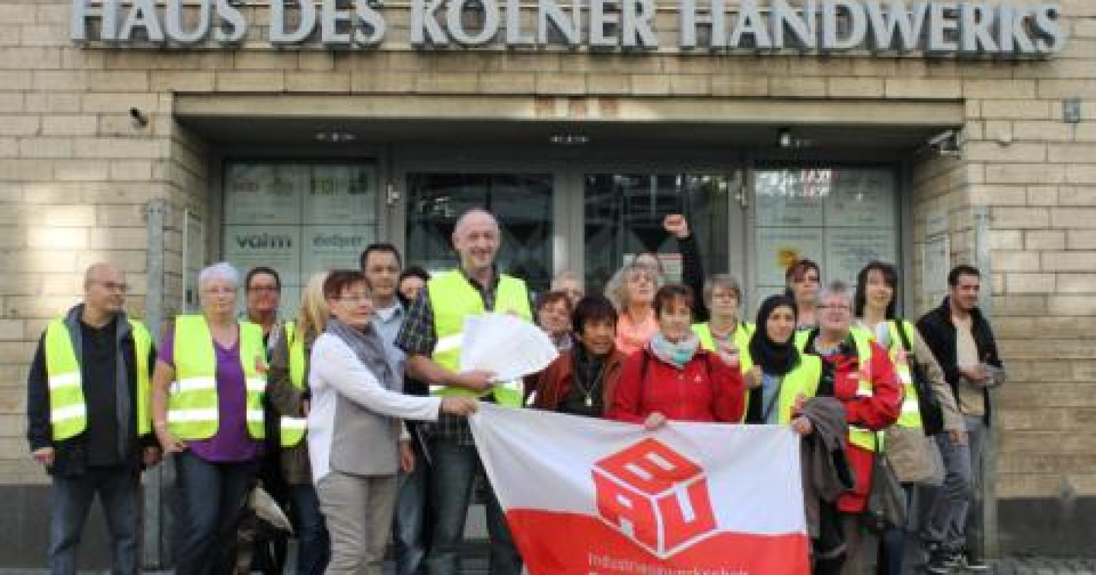 1700 Unterschriften gegen Turboputzen - Landesinnung NRW verweigert Annahme