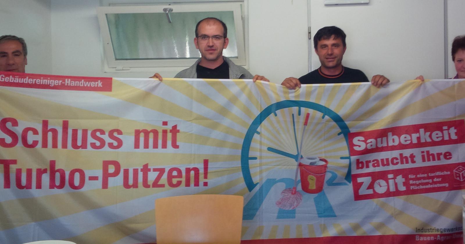 Piepenbrock-Beschäftigte aus Frankfurt stehen zu Tarifforderung der IG BAU