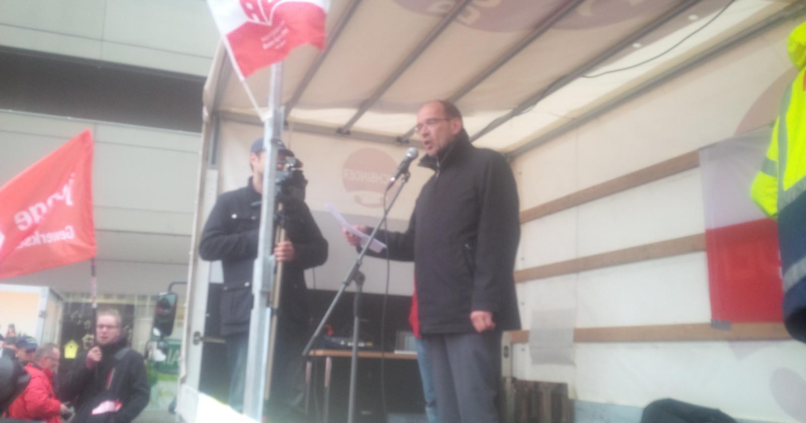 Essen live +++ 12:00 NRW-Arbeitsminister spricht+++