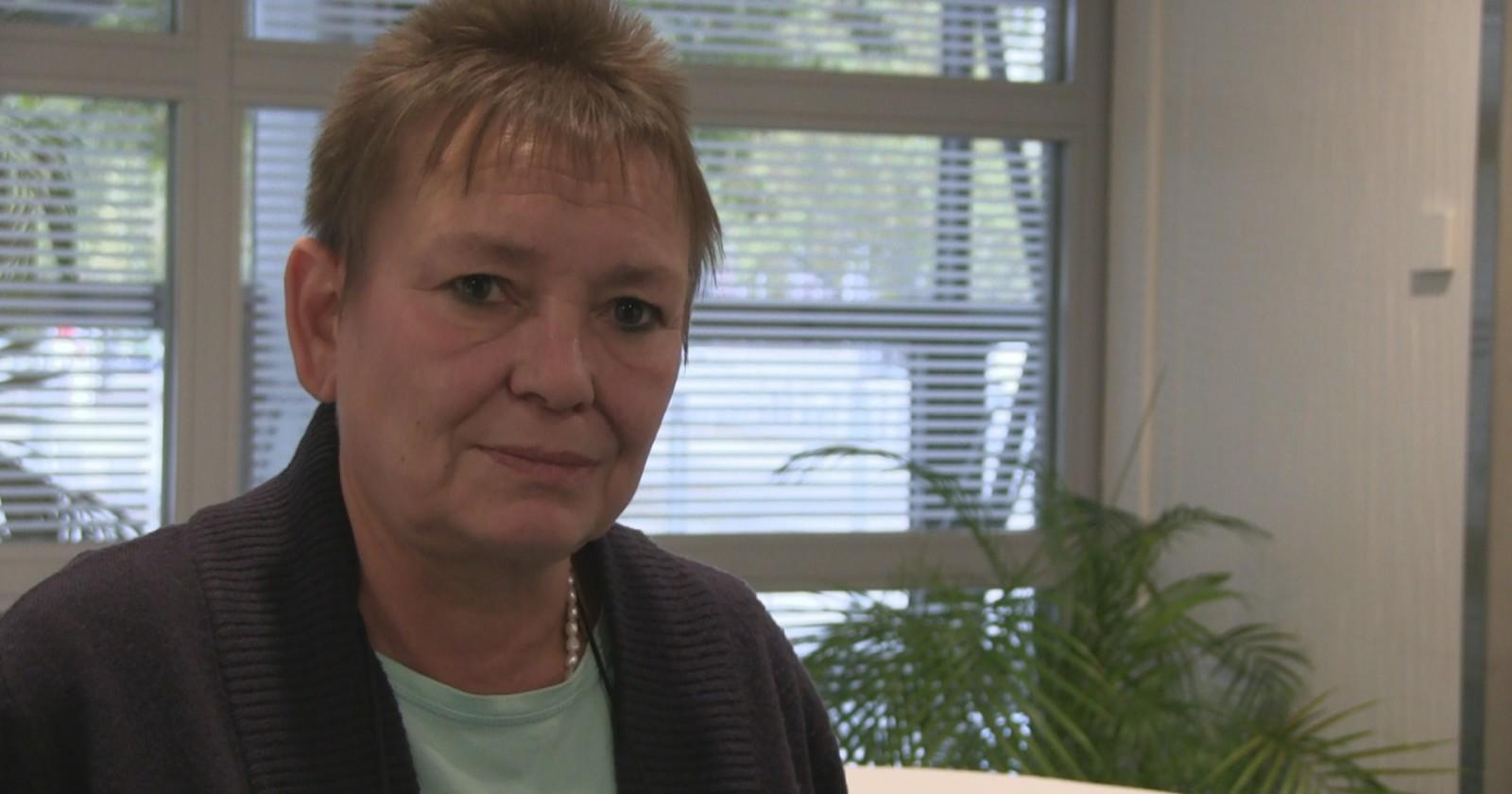 Stimmen der IG BAU Bundestarifkommission zum Verlauf der Tarifgespräche - Petra Vogel