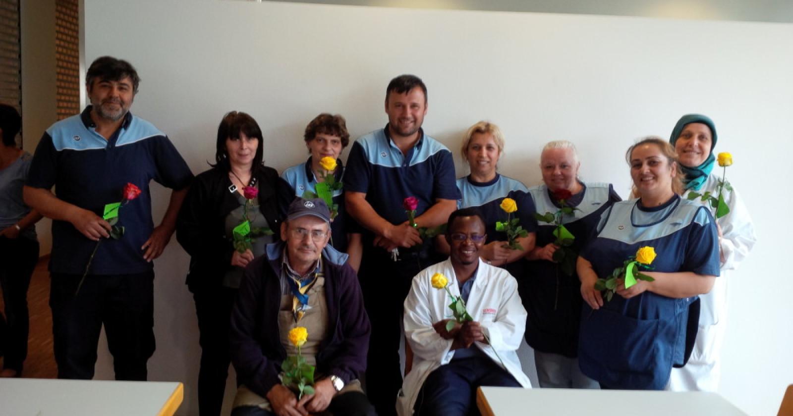 Rosen zum internationalen Tag der Gebäudereinigung - Freude in Nürnberg