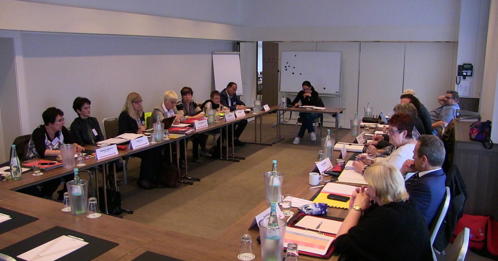 +++Vierte Verhandlungsrunde im Gebäudereiniger-Handwerk startet heute in Essen+++