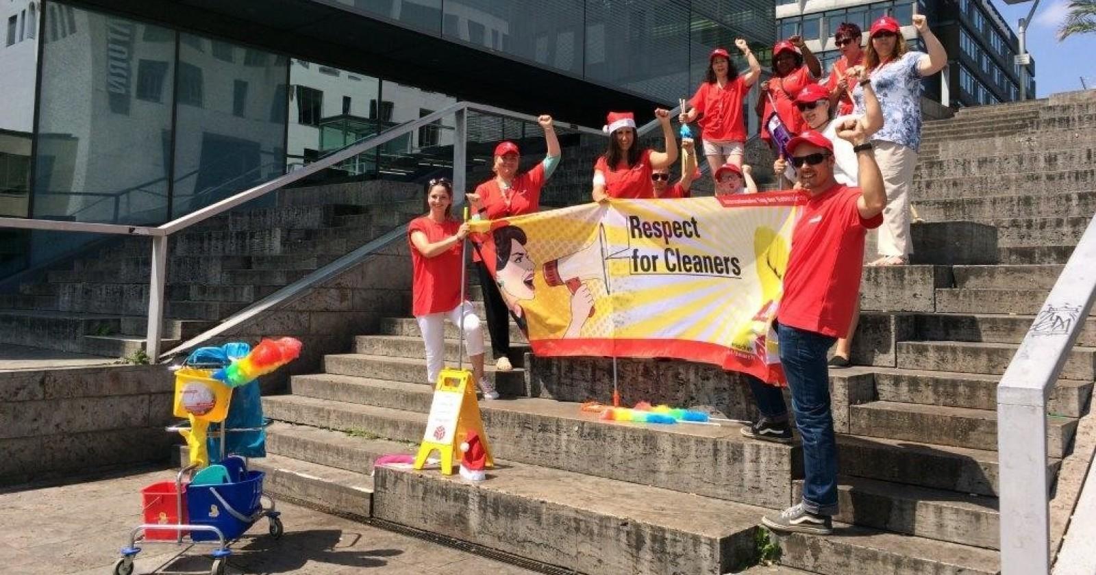 Aktion zum Tag der Gebäudereinigerinnen und -reiniger am 15.06.17 in Stuttgart