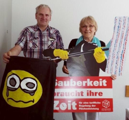 Die Linke - Fraktionsmitarbeiter Manfred Stein, Fraktionsvorstandsmitglied Heidrun von der Stück (2)
