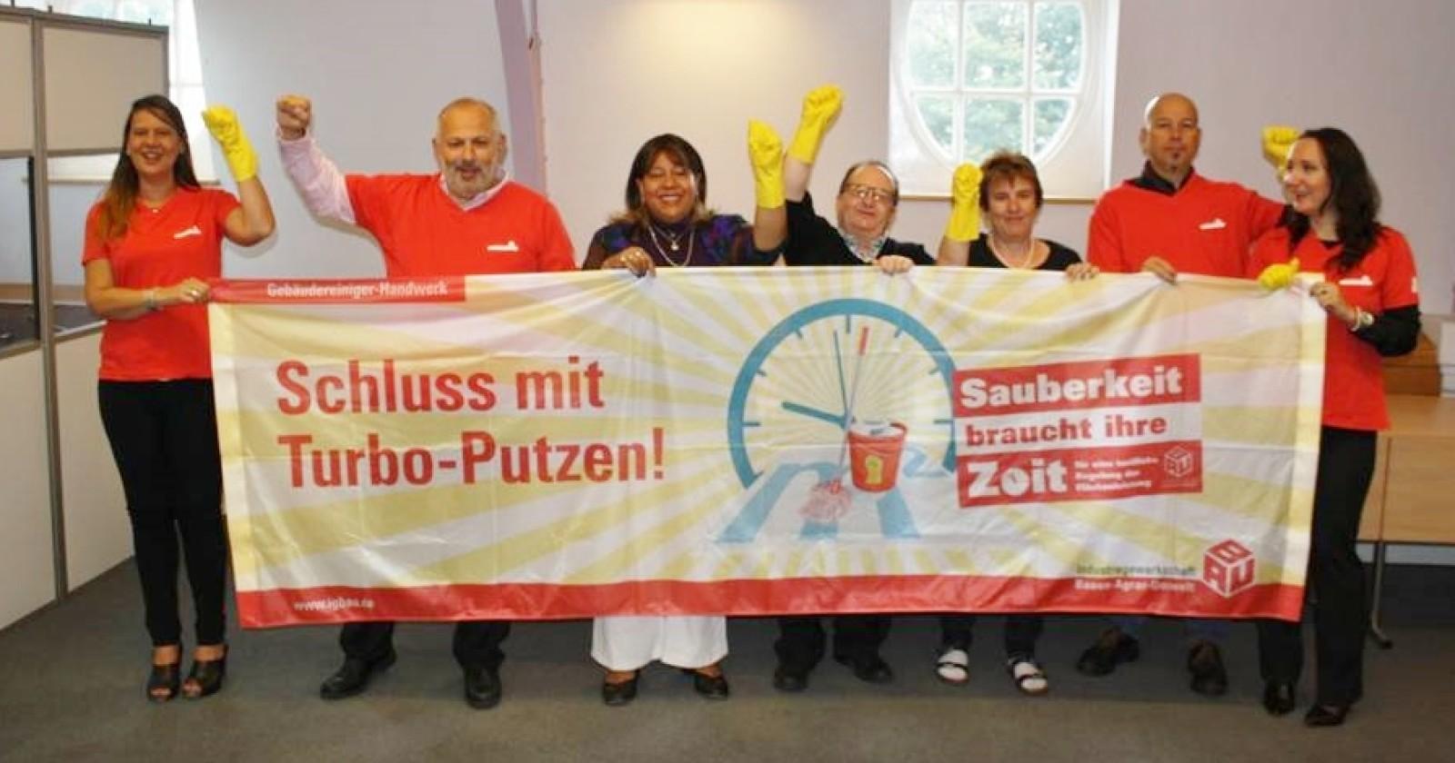 Solidarität kennt keine Grenzen -  Für die 3. Tarifverhandlung in Berlin maximalen Tariferfolg!