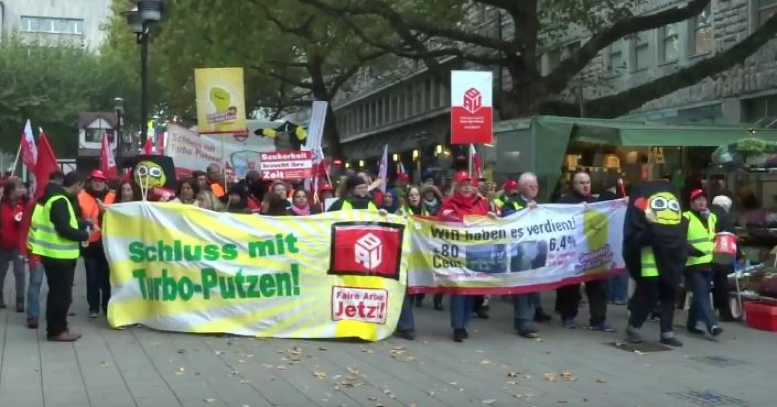 Demo und Kundgebung zur vierten Tarifverhandlung Gebäudereiniger