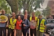 Putzfrauen Power! Aktion gegen Lohnraub in Düsseldorf