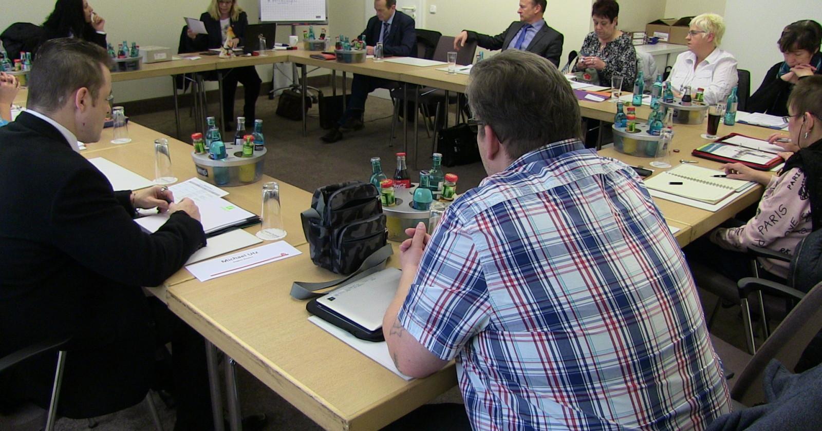 Heute geht´s ums Ganze – 6. Verhandlungsrunde im Gebäudereiniger-Handwerk startet heute in Frankfurt a.M.