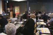 Video: Tarifergebnis 2017 im Gebäudereiniger-Handwerk - Mehr Geld und Gleicher Lohn in Ost & West