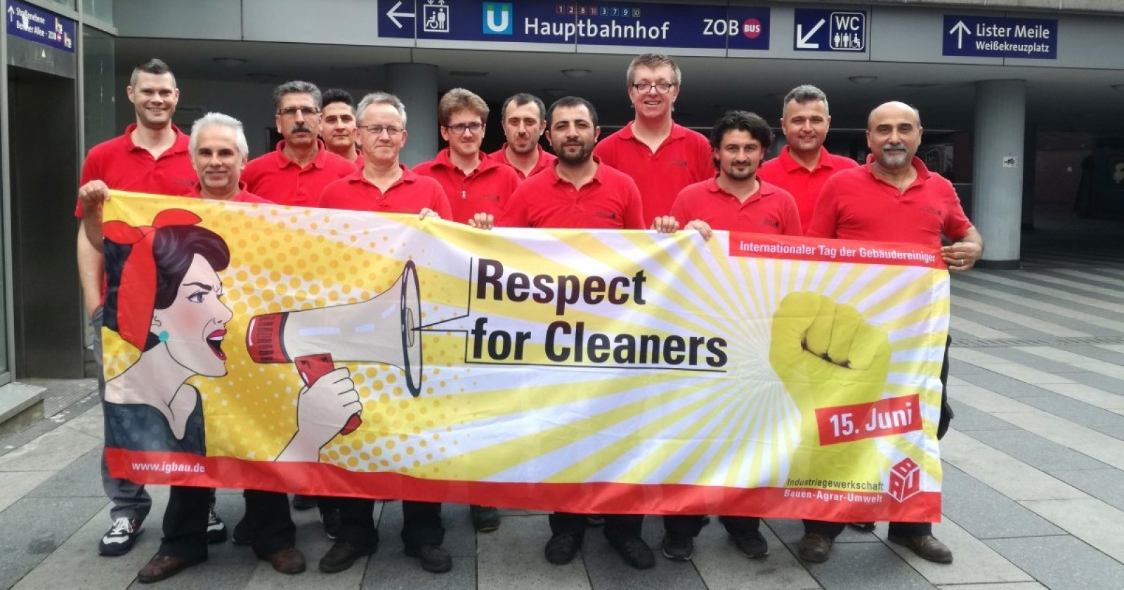 OHNE UNS LÄUFT HIER NICHTS! Respect for Cleaners!!!