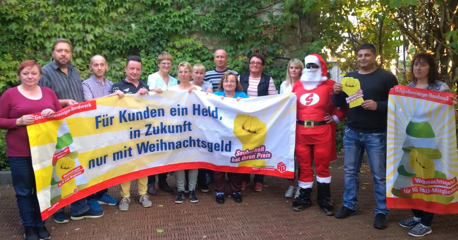 Weihnachtsmän besucht Fachgruppenversammlung des Glas- und Gebäudereiniger-Handwerks in Leipzig
