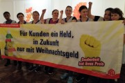 """Kolleginnen von Uniserv in der Wickerklinik Bad Homburg: """"Her mit dem Weihanchtsgeld! """""""