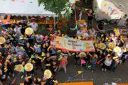 """""""Wir sagen DANKE und stehen hinter Euch"""" Studenten der EAdA feiern Reinigungskräfte am Tag der Gebäudereinigung"""