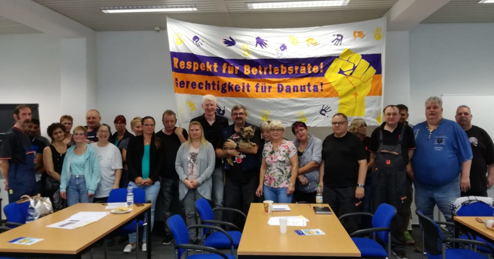 Behinderung der Betriebsratsarbeit bei Piepenbrock - Beschäftigte stellen sich solidarisch hinter ihren Betriebsrat