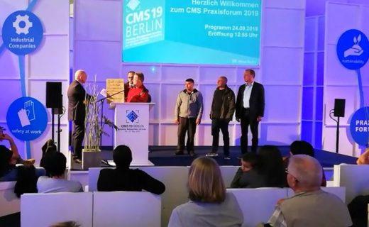 CMS Berlin: Reinigungskräfte legen Geschäftsführer des Bundesinnungsverbands Änderungsvertrag vor