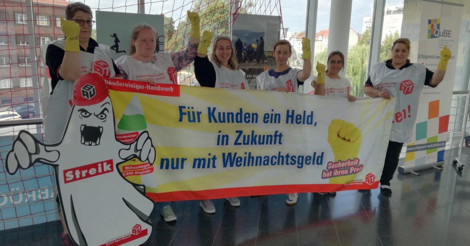 Im Ernstfall streikbereit – Kolleginnen von Piepenbrock wollen Verschlechterungen nicht hinnehmen