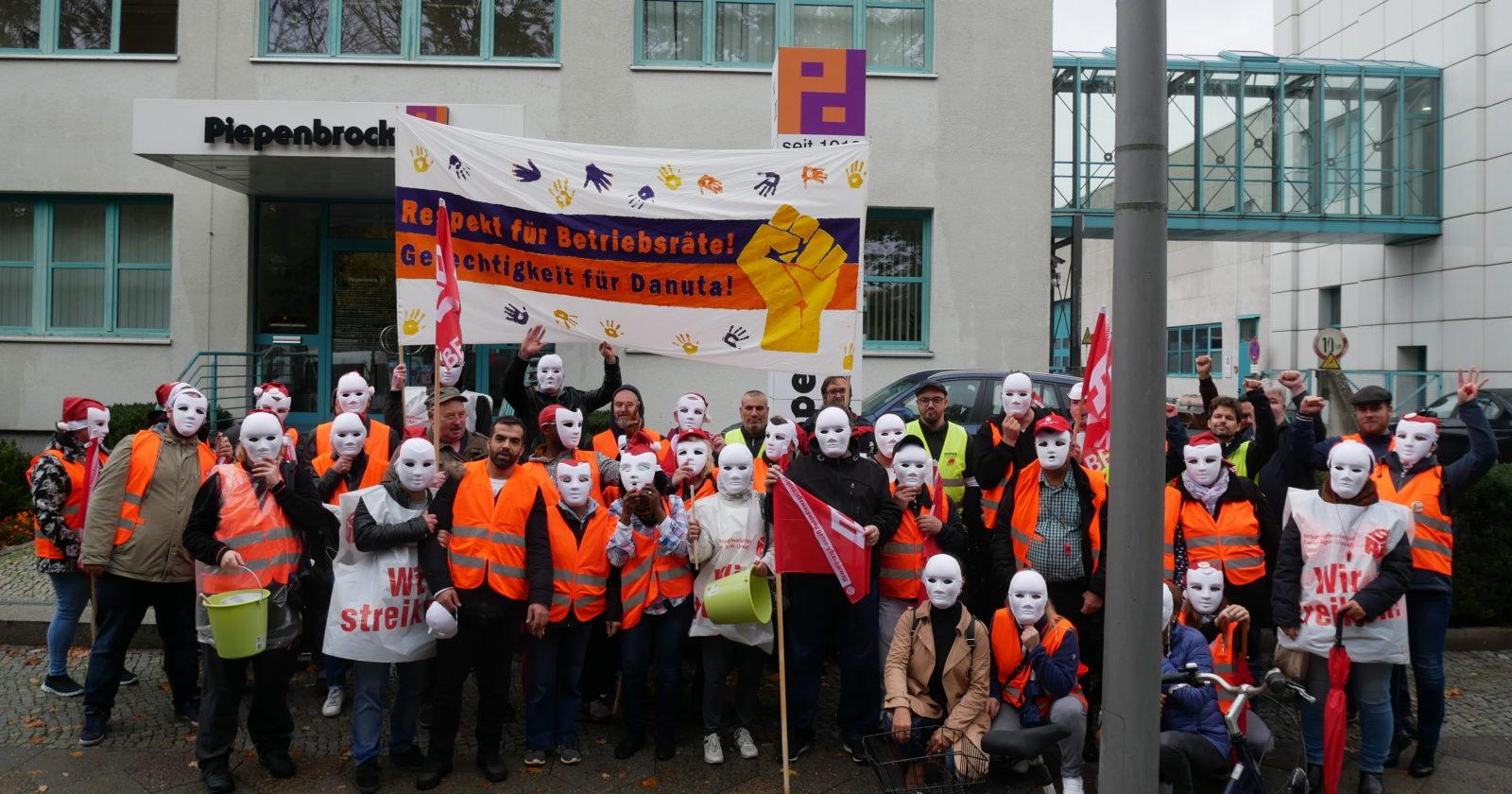 Keine Einigung - Keine Reinigung! Große Streikbeteiligung am Berliner Piepenbrock-Pur-Protest