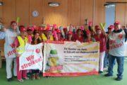 Beschäftigte der Krankenhausreinigung von KLF in der Klinik in Freudenstadt: Warnstreik- Aktion für Weihnachtsgeld